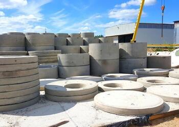 Купить бетонные кольца из бетона для колодца или септика для дома